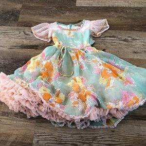 I love gorgeous girls dress 2/3
